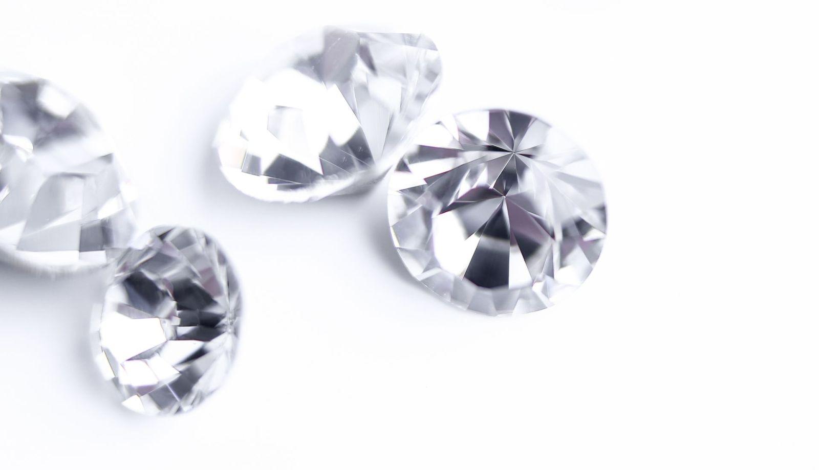Shiny diamonds - Real or Fake?