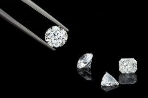 Repairing Diamonds