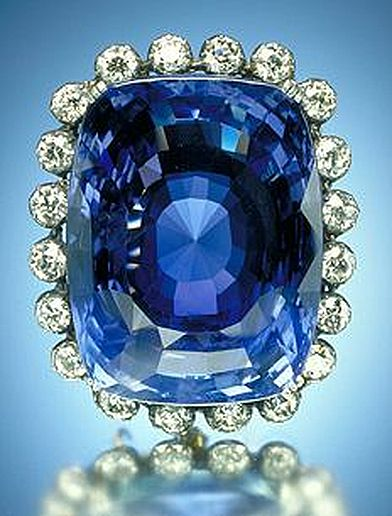 The Logan Sapphire - Source - http://www.mnh.si.edu/earth/text/dynamicearth/6_0_0_geogallery/geogallery_specimen.cfm?SpecimenID=4025&categoryID=1&categoryName=Gems&browseType=name